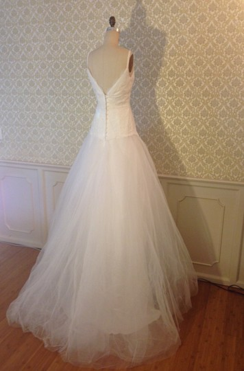 White Latte Lace Tulle Low Back Sweetheart Ballgown Never Worn Full Aline Sexy Wedding Dress Size 6 (S)