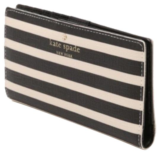 Preload https://img-static.tradesy.com/item/10326322/kate-spade-navy-striped-stacy-new-with-tags-wallet-0-3-540-540.jpg