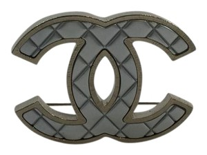 Chanel Chanel CC Quilted Silver-Tone Gold Brooch