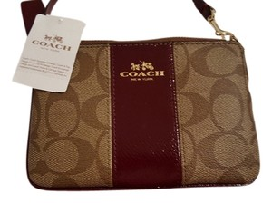 Coach New With Tags Wristlet in Khaki/cherry