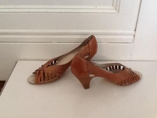 Seychelles Brown leather Pumps