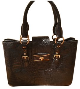 Sondra Roberts Handbag Animal Animal Print Crocodile Snakeskin Printed Pocket Pockets Zipper Zip Buckle Satchel in Black