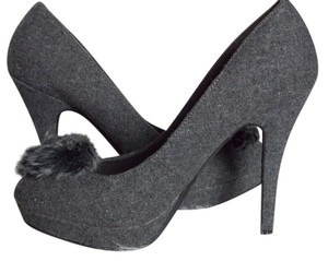 Dollhouse Black Stiletto Size 6.5 Gray Felt Pumps