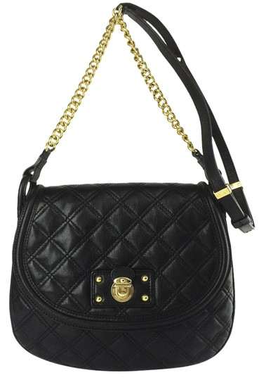 Preload https://img-static.tradesy.com/item/10350508/marc-jacobs-cooper-quilted-black-leather-cross-body-bag-0-1-540-540.jpg