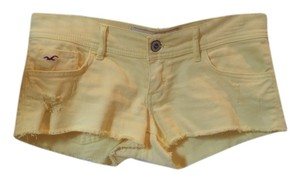 Hollister Mini/Short Shorts Yellow