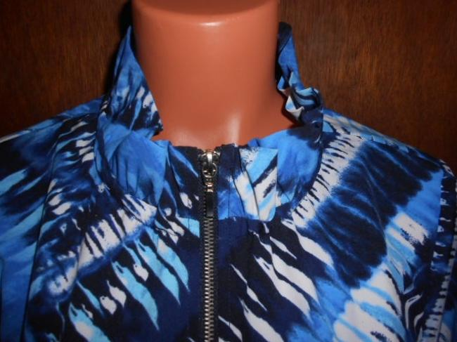 Chicos Zenergy Blue and White Jacket