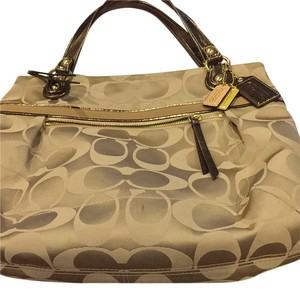 Coach Tote in Tan With Gold
