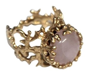 Arosha Taglia Rose Quartz Cabochon with 14K gold Coral ring