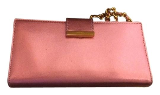 Preload https://item1.tradesy.com/images/miu-miu-pink-leather-wristlet-wallet-1035650-0-0.jpg?width=440&height=440