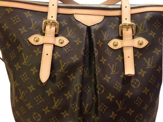 Preload https://item3.tradesy.com/images/louis-vuitton-polermo-gm-brown-classic-monogrammed-treated-fabric-weekendtravel-bag-10357342-0-1.jpg?width=440&height=440