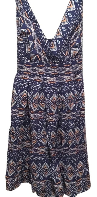 Preload https://item5.tradesy.com/images/forever-21-above-knee-short-casual-dress-size-8-m-10357894-0-1.jpg?width=400&height=650