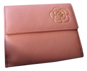 Chanel CHANEL Pink Camellia Wallet