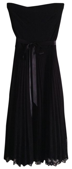 "White House | Black Market Strapless Fabric Stretches: Size 2-4 Material: 92% Rayon 8% Spandex Length Top To Hem: 35.5"" Lightly Pleated Skirt With Dress"