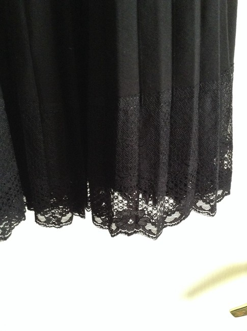 White House | Black Market Strapless Fabric Stretches: Size 2-4 Material: 92% Rayon 8% Spandex Length Top To Hem: 35.5
