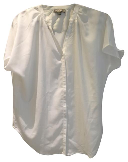 Preload https://item4.tradesy.com/images/neiman-marcus-white-blouse-size-6-s-10359628-0-1.jpg?width=400&height=650