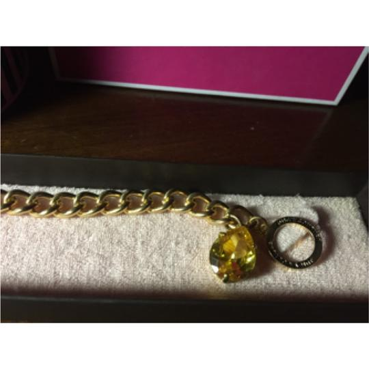 Juicy Couture BRILLIANT JUICY COUTURE GOLD STARTER CHARM BRACELET WITH YELLOW STONE CHARM!!
