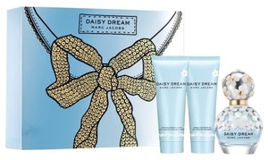 Marc Jacobs Marc Jacobs Daisy Dream Eau De Toilette Gift Set