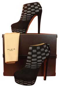 ALAÏA Black/Gray Boots