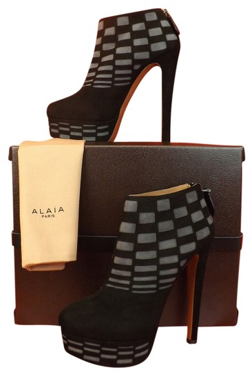 Preload https://item1.tradesy.com/images/alaia-blackgray-two-tone-suede-laser-cut-platform-zip-ankle-bootsbooties-size-eu-38-approx-us-8-regu-10366435-0-1.jpg?width=440&height=440