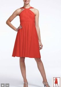 David's Bridal Persimmon (Coral) Chiffon Short Crinkle Neck Modern Bridesmaid/Mob Dress Size 8 (M)
