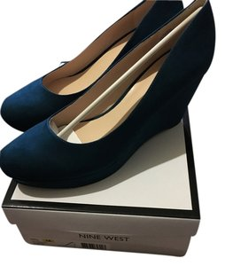 Nine West Suede Teal Wedges