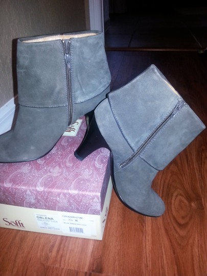 Eürosoft by Söfft Suede Leather Lined Chic Victorian Inspired Dark Grey Boots