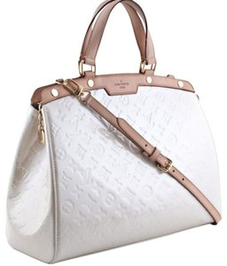 Louis Vuitton Lv Corail Monogrammed Vernis Cowhide Classic Tote in Blanc