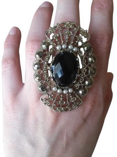 Forever 21 forever 21 Victorian style vintage statement ring
