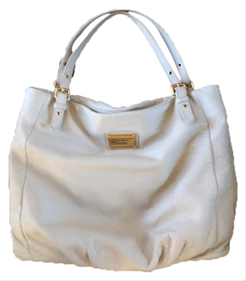 c2d4808439e3 Marc by Marc Jacobs Pebbled Leather Cream Leather Laptop-friendly Shoulder  Slouchy Tote in Ivory ...