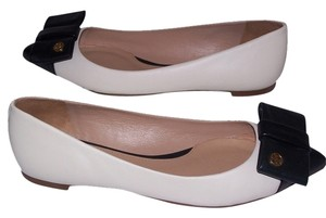 Tory Burch Beige/Black Flats