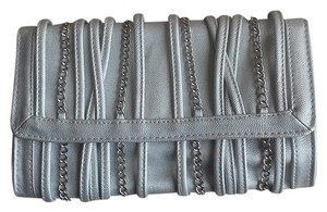 Chain Silk Nye Holiday Silver Clutch