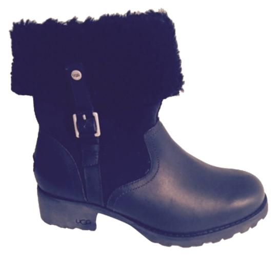 Preload https://item2.tradesy.com/images/ugg-australia-blac-bootsbooties-size-us-75-regular-m-b-10375621-0-1.jpg?width=440&height=440
