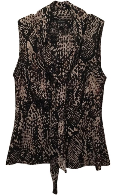 Preload https://item3.tradesy.com/images/ann-taylor-blouse-size-4-s-10377052-0-1.jpg?width=400&height=650