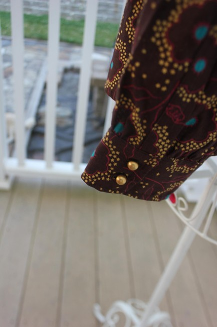 Lilly Pulitzer Button Down Shirt Brown Mulit Color with Gold buttons