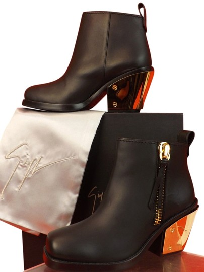 Preload https://img-static.tradesy.com/item/10378507/giuseppe-zanotti-black-sidney-leather-gold-heel-ankle-39-bootsbooties-size-us-9-regular-m-b-0-1-540-540.jpg