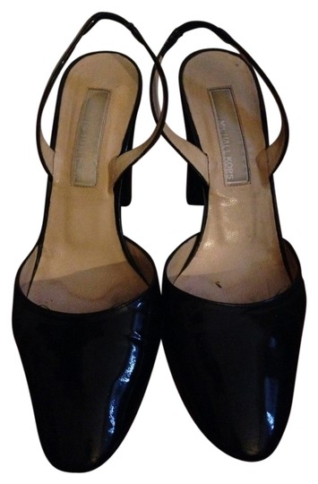 Preload https://img-static.tradesy.com/item/1038289/michael-kors-black-patent-leather-pumps-size-us-6-regular-m-b-0-0-540-540.jpg