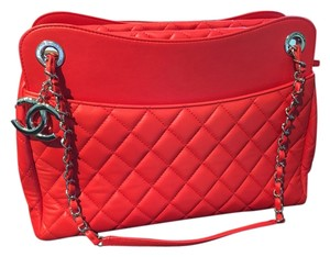 Chanel Shopping Large Tote in Red