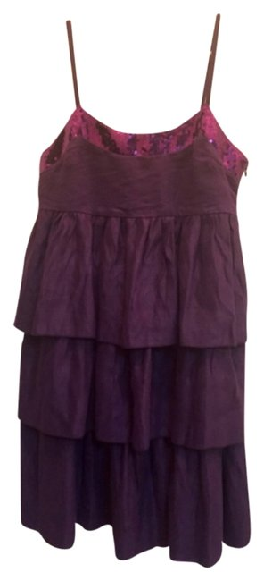 Preload https://img-static.tradesy.com/item/10384957/purple-ruffled-layered-above-knee-cocktail-dress-size-4-s-0-1-650-650.jpg
