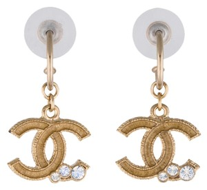 Chanel Gold-tone Camellia Chanel interlocking CC logo drop earrings New