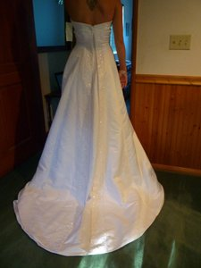 Gloria Vanderbilt Strapless Beaded Band Wedding Dress