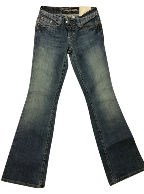 Preload https://item3.tradesy.com/images/american-eagle-outfitters-vintage-blue-wash-medium-low-rise-hipster-fit-short-length-boot-cut-jeans--10385332-0-1.jpg?width=400&height=650