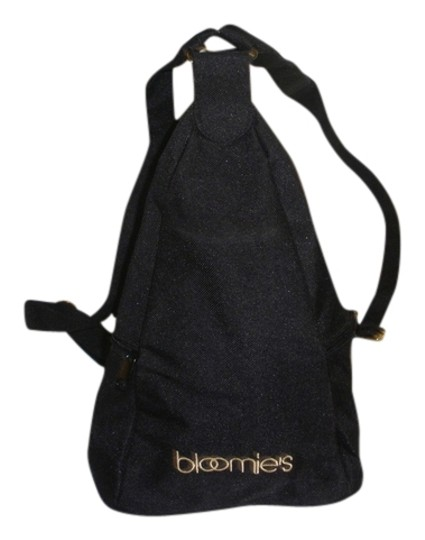 Preload https://img-static.tradesy.com/item/10387351/bloomingdale-s-small-black-canvas-backpack-0-1-540-540.jpg