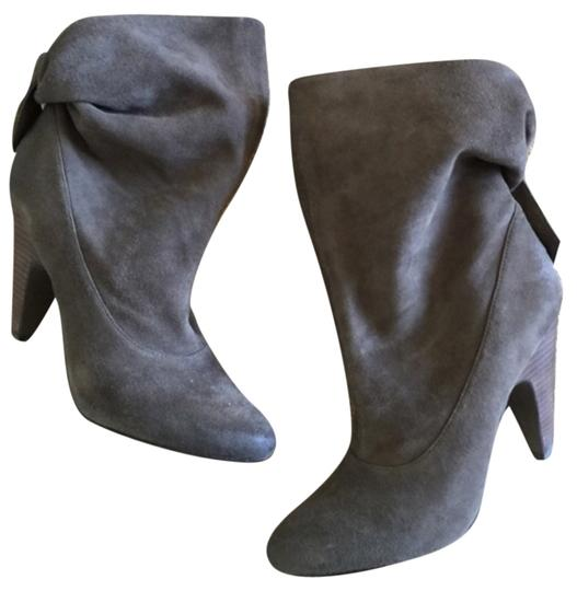 Preload https://item3.tradesy.com/images/ash-gray-bootsbooties-size-us-9-regular-m-b-10389697-0-1.jpg?width=440&height=440