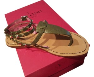 Valentino Rock Stud Leather army green and bright pink Sandals