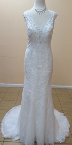 Alfred Angelo 959 Wedding Dress
