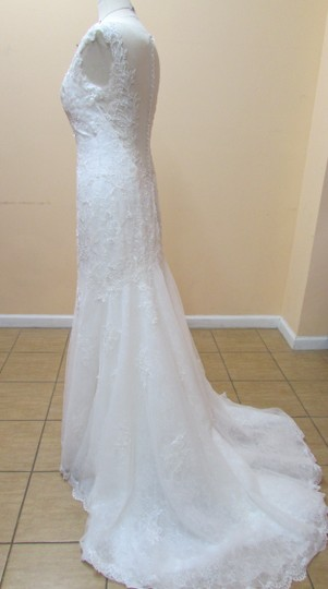 Alfred Angelo Ivory Lace and Chiffon 959 Modern Wedding Dress Size 6 (S)
