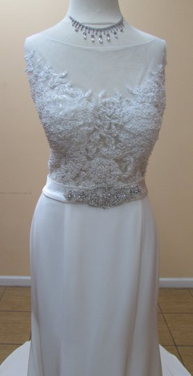 Alfred Angelo Ivory/Silver Embroidered Lace and Satin 2556 Modern Wedding Dress Size 6 (S)