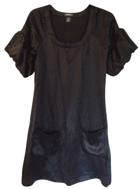 Preload https://img-static.tradesy.com/item/1040169/kenneth-cole-black-short-casual-dress-size-4-s-0-0-650-650.jpg