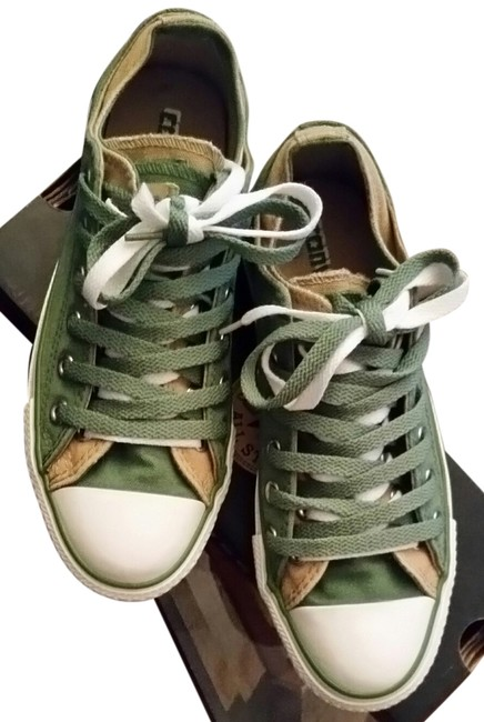 Item - Olive Tan and White Sneakers Size US 7 Regular (M, B)
