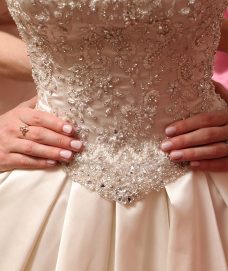 Maggie Sottero Ivory Satin Shimmering Ball Gown By Imagine Feminine Wedding Dress Size 6 (S)